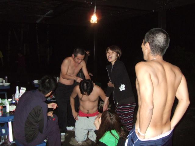 【裸】ノンケのバカ騒ぎ写真42【露出】xvideo>1本 YouTube動画>4本 ->画像>452枚