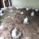小屋DIY 基礎の沓石