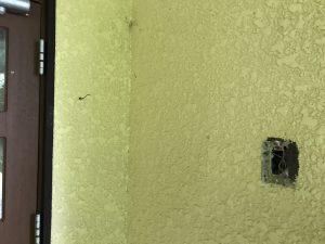 ピンポン取り付け 壁に穴あけ DIY