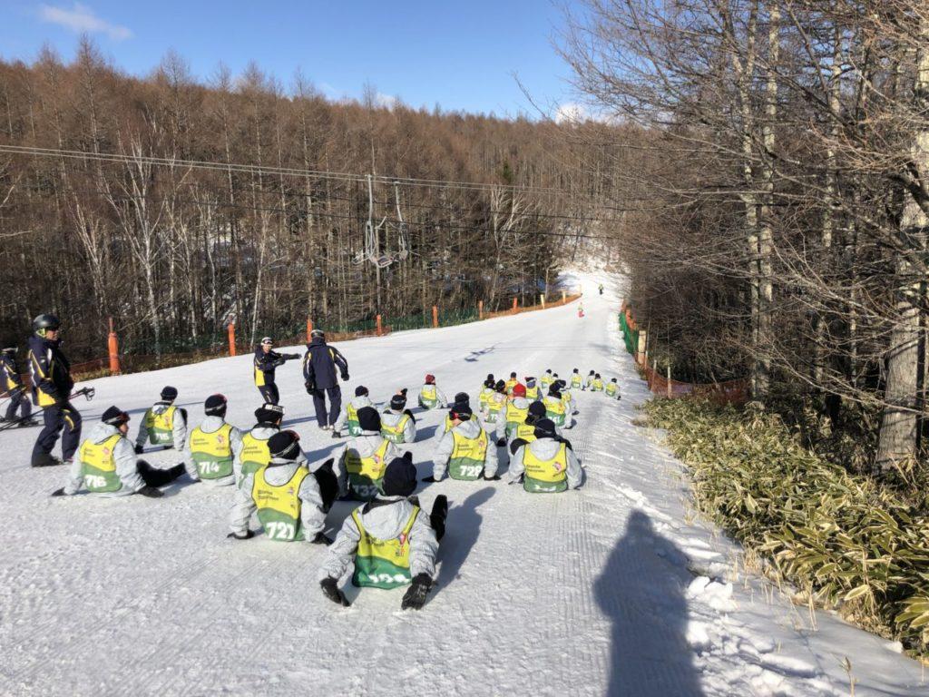 ブランシュたかやま スキー教室 スキー初めて男子班
