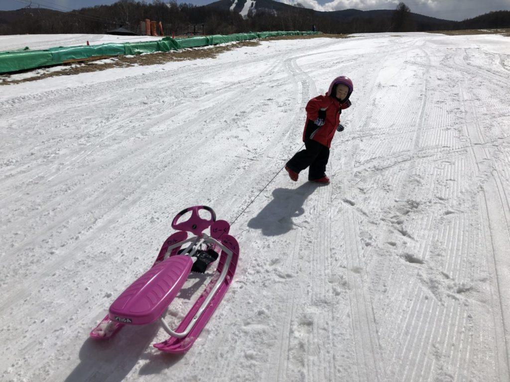 4才児 スキー3回目 ブランシュたかやま ソリ遊び