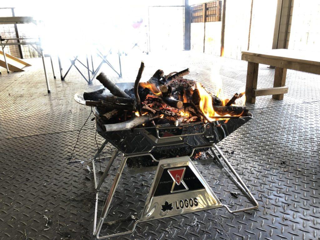 ロゴス the ピラミッドTAKIBI XL 焚き火台 試し焚き可能